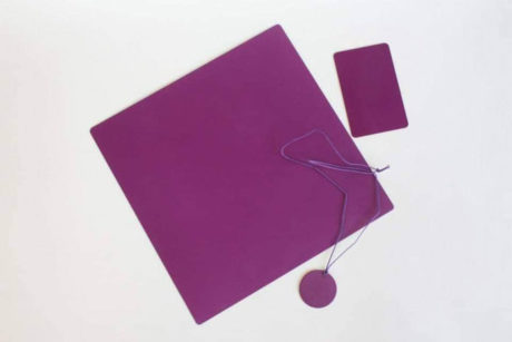 Teslina purpurna ploca 13c
